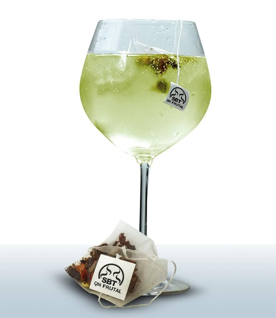 botánico frutal para copa cocktail gin tonic